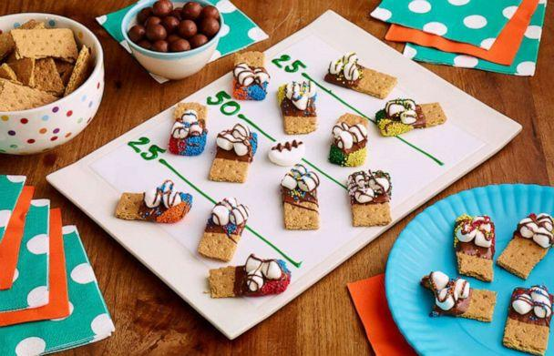 PHOTO: These s'mores dippers made with Hersey's chocolate bars and marshmallows are a sweet treat. (Hershey)