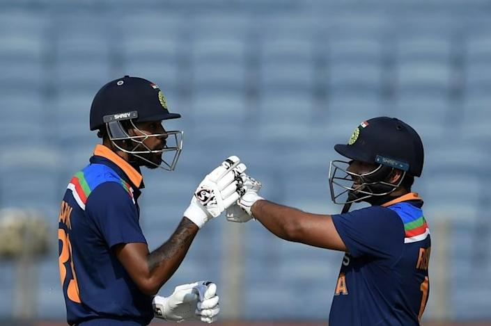 India were more aggressive with the bat, with Pant (R) hitting a 62-ball 78 and Hardik (L) smashing 64 from 44 deliveries