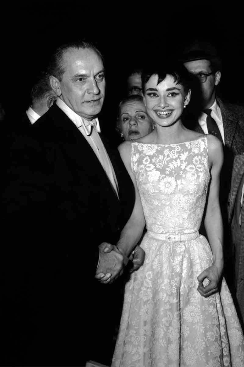 <p>Audrey Hepburn in Givenchy.</p>