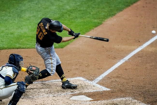 Arcia's pinch hit in 8th lifts Brewers over Pirates 6-5