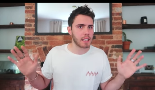 "Alfie Deyes admitted that his food challenge video was a ""massive mistake."" (Photo: Pointless Blog Vlogs via YouTube)"