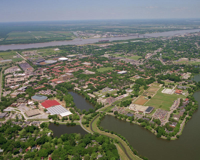 BATON ROUGE, LA - 2011: General view of the campus of the Louisiana State University Tigers circa 2011 in Baton Rogue, Louisiana. (Photo by Louisiana State/Collegiate Images via Getty Images)