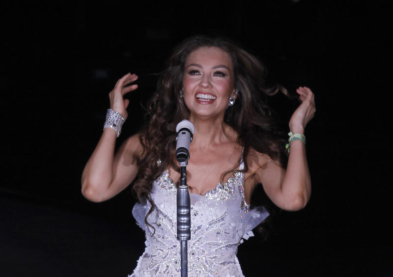 Thalia taking spot in Hollywood _ and in Macy's