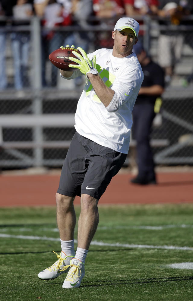 Green Bay Packers wide receiver Jordy Nelson catches a pass during practice for the NFL Football Pro Bowl Saturday, Jan. 24, 2015, in Scottsdale, Ariz. The game is scheduled to be played Sunday in Phoenix. (AP Photo/Mark Humphrey)