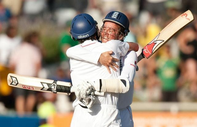 Graeme Swann and Onions preserved England's 1-0 series lead (Gareth Copley/PA)