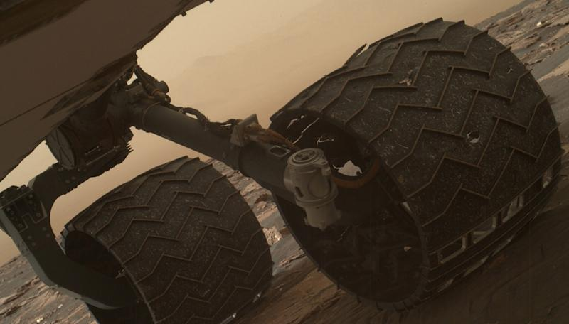 Breaks detected in NASA's Mars rover wheels