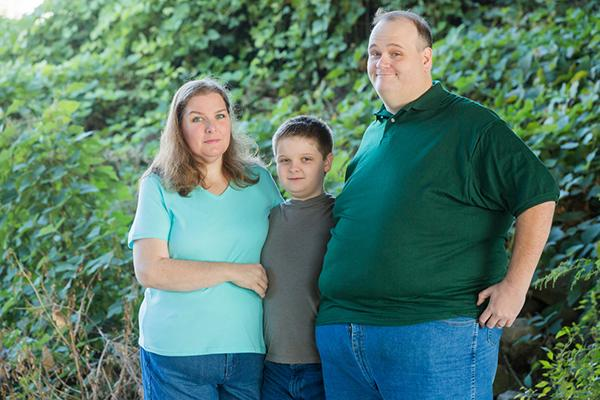 Obese father-of-three, 37, loses EIGHTEEN stone in nine ...   Overweight Dad