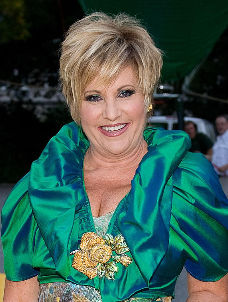 "FILE - In this Sept. 24, 2009 file photo, Judy Garland's daughter Lorna Luft is shown at the ""Wizard of Oz"" 70th Anniversary Emerald Gala at Tavern on the Green in New York. (AP Photo/Charles Sykes, file)"