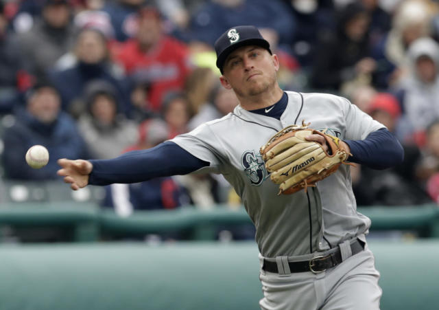 Kyle Seager's arm made the difference for James Paxton's no-hitter. (AP Photo)