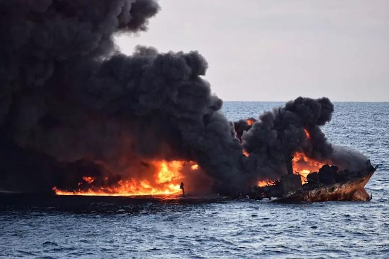 This handout picture from the Transport Ministry of China shows smoke and flames coming from the burning oil tanker Sanchi before it sank (AFP Photo/-)