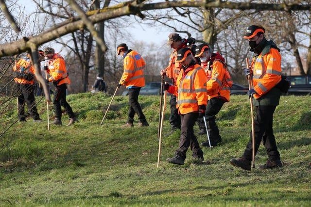 Volunteers from London Search and Rescue