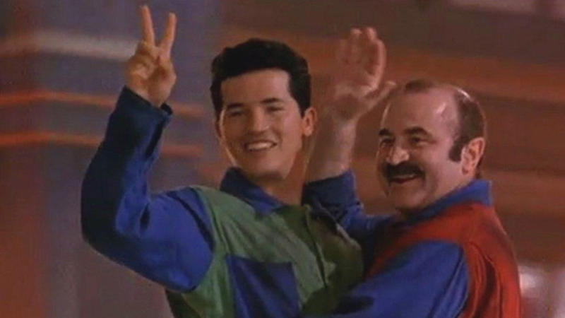 John Leguizamo and Bob Hoskins in 'Super Mario Bros'. (Credit: Buena Vista Pictures)