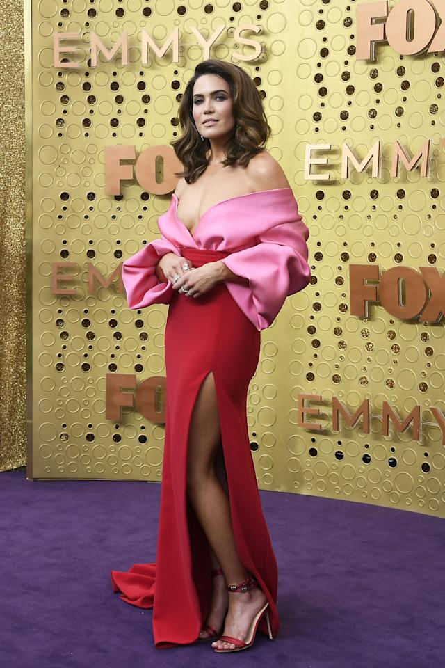 <p>Awards season officially begins tonight with the Emmys in Los Angeles. TV's biggest celebrities have just started arriving for the ceremony, where <em>Game of Thrones </em>in particular leads the nominations count. Here, what all the stars are wearing to the award show, from presenters Kim Kardashian, Kendall Jenner, and Kylie Jenner to nominees Emilia Clarke, Sophie Turner, and Sandra Oh. Bright gowns, bold tuxes, and more are dominating the night. <em></em><em></em></p>
