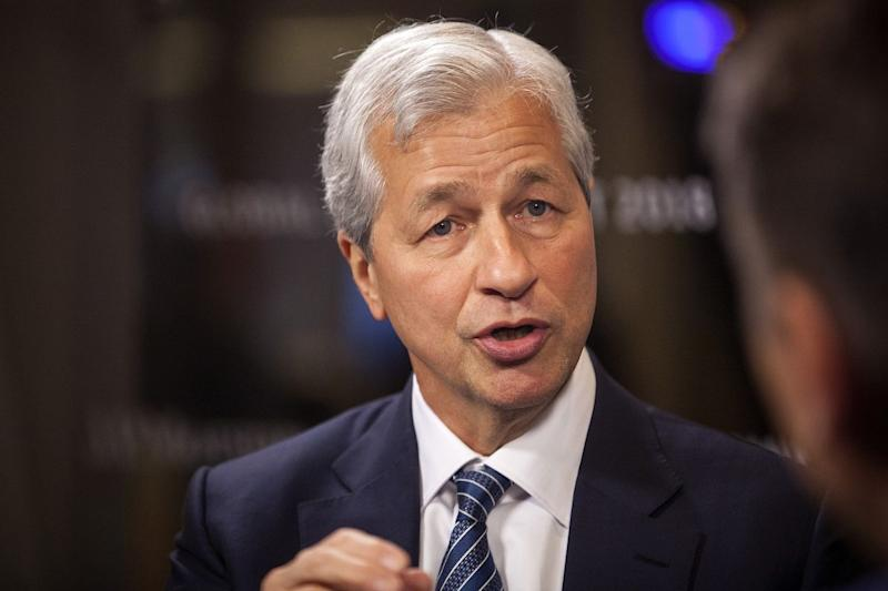 Jamie Dimon Says It Will Take 25 Years for Bailouts to Be Forgiven
