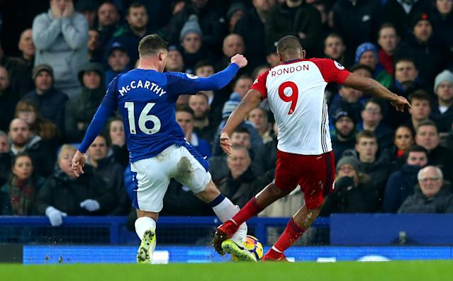 James McCarthy's leg break, at the moment of impact. (Getty)