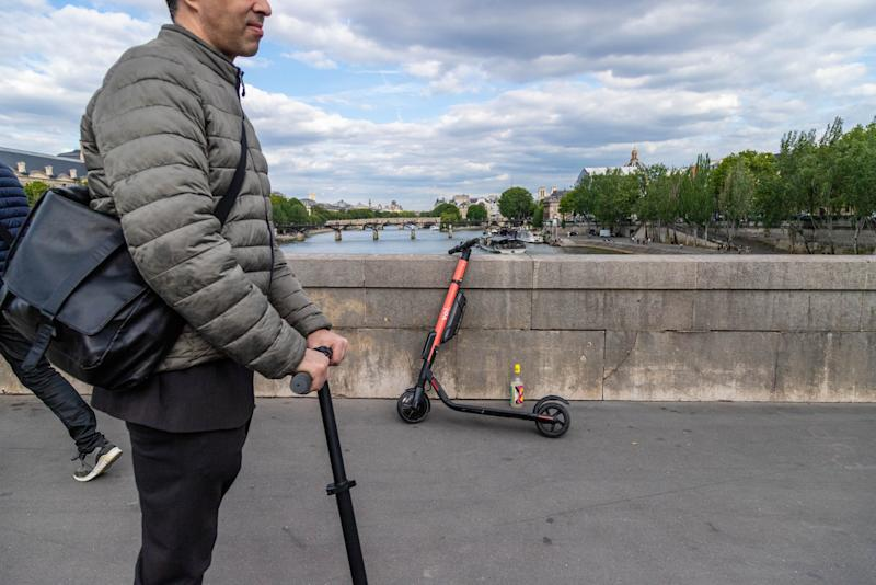 """(Bloomberg) -- E-scooters have only been legal in Germany for a matter of days, but public curiosity -- as well as a Continental heatwave -- has already made them a common sight in many cities.Lawrence Leuschner, chief executive officer of one of Europe's biggest e-scooter providers, Tier Mobility, said the app required to locate and unlock a Tier scooter was downloaded hundreds of thousands of times in Germany during the first four days. Users in the country made a collective 300,000 kilometers of journeys on Tier scooters in that time, he said.""""It helped us pass the three-million total worldwide rides milestone on Thursday,"""" he said in an interview. """"We launched in 32 cities and we are profitable in our core markets, which have 90% of our fleet.""""Germany's decision to legalize e-scooters last week came as Europeans fought to stay cool as a blast of hot air from the Sahara desert caused record temperatures in large parts of the continent. The countryimposed speed restrictions on usually limit-free stretches of its highway network.Rather than deterring riders, the scorching temperature actually made the newly-legal scooters more attractive than some other forms of transport. Andreas Katzig, who rode one for the first time on Thursday in Munich, said that """"compared to a bike, you're not sweating. That's a huge advantage in the summertime.""""Katharina Rzepucha, also in Munich, said scooters are an alternative to running than public transport. """"If I see something that's a kilometer away, and I don't want to run there, this is way better,'' she said.Tier's app overtook Facebook Inc.'s WhatsApp and Instagram, as well as Google Maps, YouTube, Spotify, Amazon, and Netflix, to become the most popular download in Apple's German iOS app store this week, according to the iPhone-maker's official charts.U.S. e-scooter giant Lime also broke into the top 10. Sweden's Voi Technology AB, and Berlin-based Circ, launched in Germany this month as well.Demand for e-scooters in cities world"""