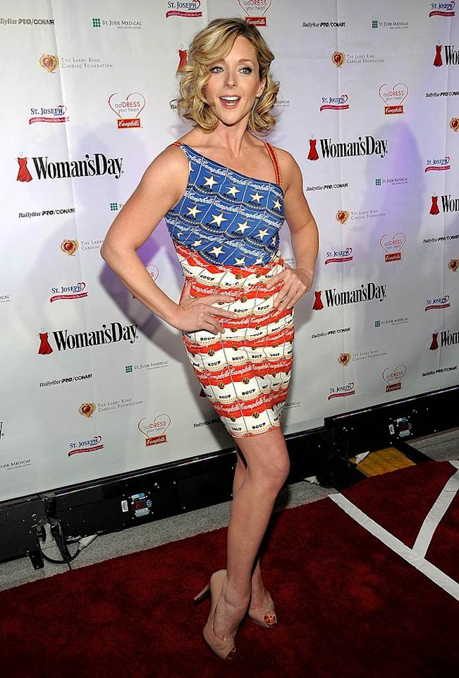 """30 Rock"" star Jane Krakowski is a hottie, but her patriotic mess of a dress is a tad too much. Jamie McCarthy/<a href=""http://www.wireimage.com"" target=""new"">WireImage.com</a> - February 11, 2009"