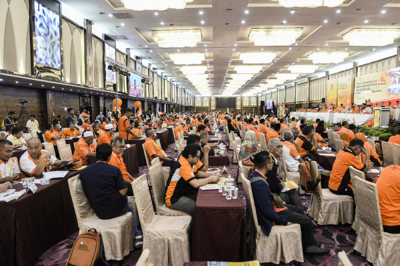 Delegates attend the Amanah National Convention in Shah Alam on December 6, 2019. ― Picture by Miera Zulyana