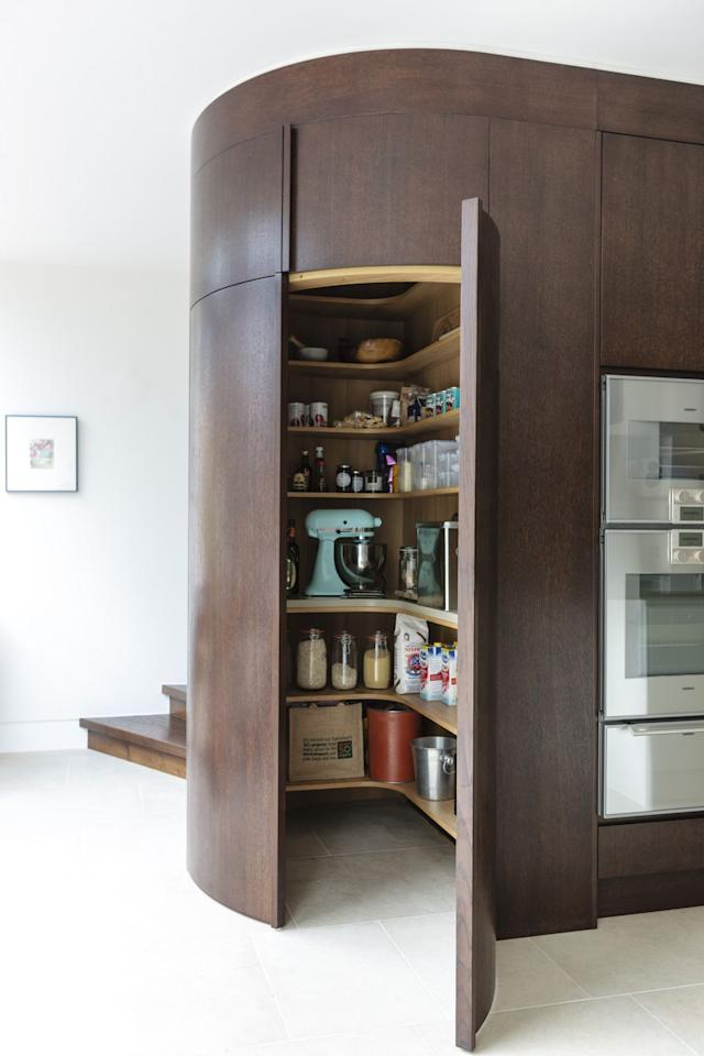 "<p>Try a circular walk-in larder if you have the space and your kitchen will feel more spacious than before. <br></p><p>• See more from <a href=""https://mowlemandco.com/"" target=""_blank"">Mowlem & Co</a> </p>"