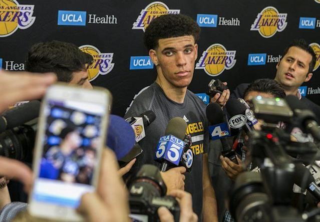 "<a class=""link rapid-noclick-resp"" href=""/ncaab/players/136151/"" data-ylk=""slk:Lonzo Ball"">Lonzo Ball</a> had his first workout with the Lakers on June 7. (AP)"