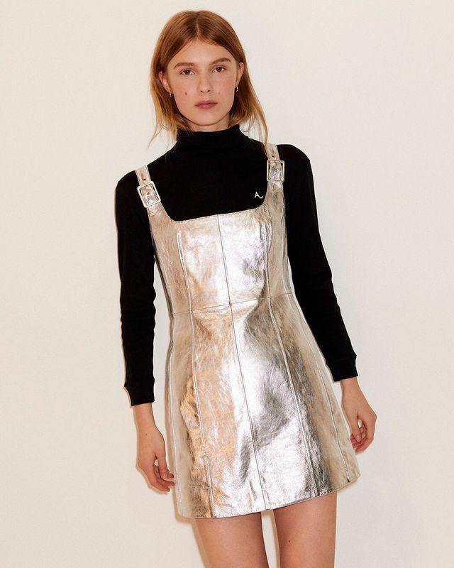 """<p>The eponymous line from Noughties style icon Alexa Chung is a great name to know if you want to inject some understated glamour into your wardrobe. The brand – which launched in the summer of 2017 – mixes vintage inspiration with London cool, which is exactly what you would expect from the star.</p><p><strong>We go there for:</strong> Cool, colourful knitwear, ladylike dresses and suits.</p><p><a class=""""link rapid-noclick-resp"""" href=""""https://go.redirectingat.com?id=127X1599956&url=https%3A%2F%2Fwww.net-a-porter.com%2Fen-gb%2Fshop%2Fdesigner%2Falexachung&sref=https%3A%2F%2Fwww.harpersbazaar.com%2Fuk%2Ffashion%2Fwhat-to-wear%2Fnews%2Fg37526%2Faffordable-online-fashion-high-street-secrets%2F"""" rel=""""nofollow noopener"""" target=""""_blank"""" data-ylk=""""slk:SHOP ALEXACHUNG"""">SHOP ALEXACHUNG</a></p><p><a href=""""https://www.instagram.com/p/B7TzZzXJ24d/?utm_source=ig_embed&utm_campaign=loading"""" rel=""""nofollow noopener"""" target=""""_blank"""" data-ylk=""""slk:See the original post on Instagram"""" class=""""link rapid-noclick-resp"""">See the original post on Instagram</a></p>"""