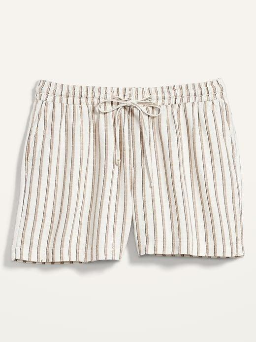 """<h2>Old Navy High-Waisted Printed Linen-Blend Plus-Size Shorts</h2><br><strong> Size Range: 1X-4X</strong><br><br><em>Shop <strong><a href=""""https://oldnavy.gap.com/browse/product.do?pid=739674012"""" rel=""""nofollow noopener"""" target=""""_blank"""" data-ylk=""""slk:Old Navy"""" class=""""link rapid-noclick-resp"""">Old Navy</a></strong></em><br><br><strong>Old Navy</strong> High-Waisted Printed Linen-Blend Plus-Size Shorts -- 5-inch inseam, $, available at <a href=""""https://go.skimresources.com/?id=30283X879131&url=https%3A%2F%2Foldnavy.gap.com%2Fbrowse%2Fproduct.do%3Fpid%3D739674012"""" rel=""""nofollow noopener"""" target=""""_blank"""" data-ylk=""""slk:Old Navy"""" class=""""link rapid-noclick-resp"""">Old Navy</a>"""