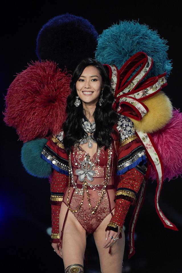 Chinese model Liu Wen presents a creation during the 2017 Victoria's Secret Fashion Show in Shanghai