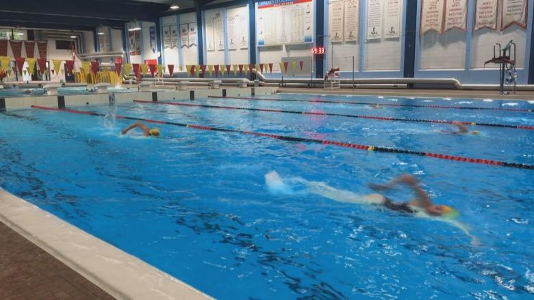 U of C swim club dives into anti-bullying program