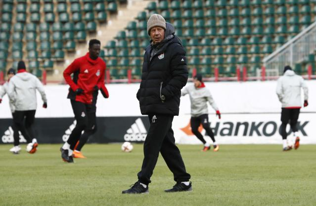 Soccer Football - Europa League - Lokomotiv Moscow Training - Moscow, Russia - February 21, 2018 - Lokomotiv Moscow's coach Yuri Semin attends a training session. REUTERS/Sergei Karpukhin