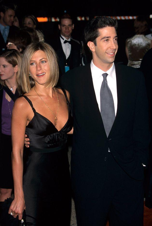 Jennifer Aniston and David Schwimmer pictured in 2001. (Photo: Peter BrookerPeter Brooker/Shutterstock)