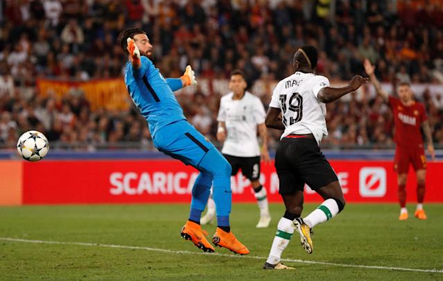 Soccer Football - Champions League Semi Final Second Leg - AS Roma v Liverpool - Stadio Olimpico, Rome, Italy - May 2, 2018 Liverpool's Sadio Mane heads at goal before being flagged offside Action Images via Reuters/John Sibley