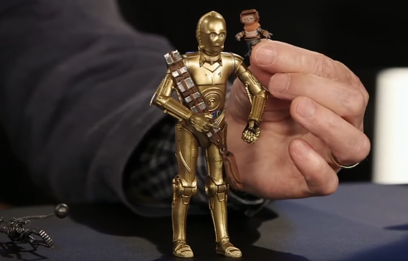 Threepio and and the mysterious Babu Frik (Photo: Lucasfilm/Disney/YouTube)