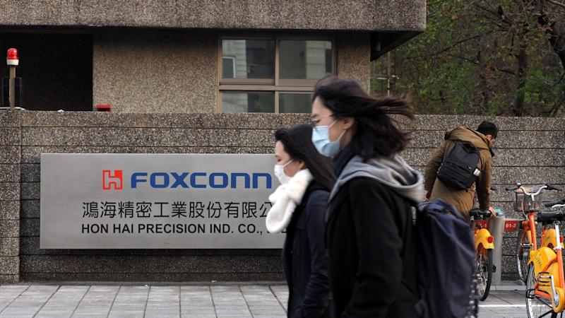 Foxconn taps respiratory expert Zhong Nanshan to advise on coronavirus as its iPhone factories ramp up production