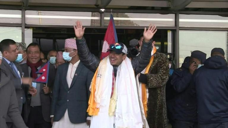 Hero's welcome for historic Nepali K2 climbers