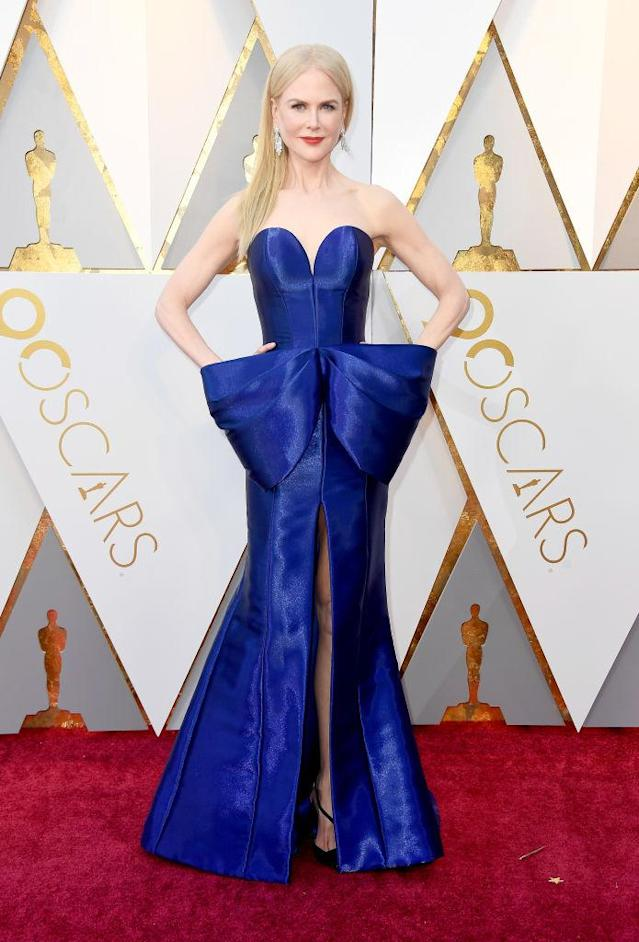 <p>Nicole Kidman showed off her ivory skin against the cobalt blue of her gown at the 90th Annual Academy Awards in Hollywood. (Photo: Getty Images) </p>