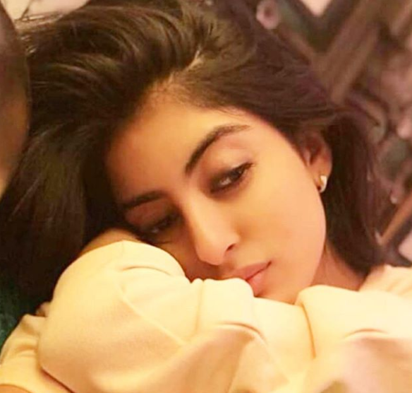 <p></p><p>We might not have to wait all the way for Aradhya to grow up. With a flawless complexion, strikingly sharp features, confidence of a winner, and youthful beauty, there are more than enough reasons we believe Navya Naveli Nanda can claim aunt Aishwarya Rai Bacchan's legacy. </p><p></p>