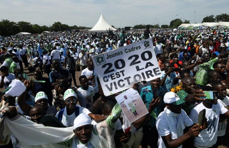 Tens of thousands of opposition supporters rallied in Ivory Coast (AFP Photo/SIA KAMBOU)