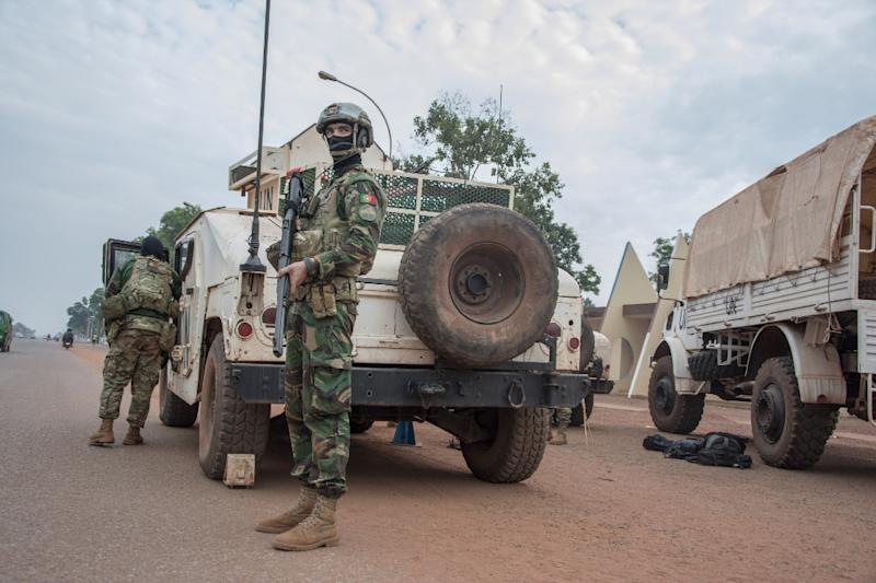UN and Central African forces have launched a joint operation targeting armed groups in a mainly Muslim district of the capital Bangui