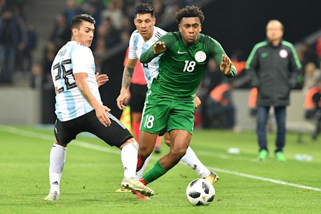 Alex Iwobi was the best player on the field in a recent Nigeria friendly against Argentina. (Getty)