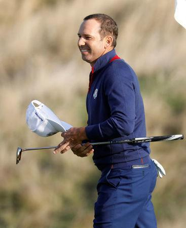 Golf - 2018 Ryder Cup at Le Golf National - Guyancourt, France - September 28, 2018 Team Europe's Sergio Garcia celebrates after winning his Foursomes match with partner Alex Noren against Team USA's Phil Mickelson and Bryson DeChambeau REUTERS/Charles Platiau