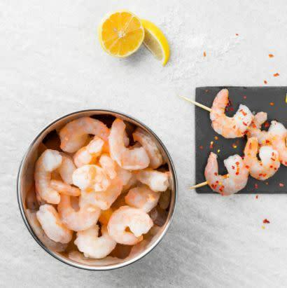 """<strong>How It Works:</strong> Stock up on wild-caught seafood and have it delivered to your door from <a href=""""https://fave.co/3dfMvGZ"""" rel=""""nofollow noopener"""" target=""""_blank"""" data-ylk=""""slk:Rastelli's"""" class=""""link rapid-noclick-resp"""">Rastelli's</a>.<br><strong>Offerings: </strong>Find a wide variety of seafood, including salmon, tuna, cod, shrimp and lobster tails.<br><strong>Pricing: </strong>Buy eight 6-ounce packs of <a href=""""https://fave.co/2ACXU51"""" rel=""""nofollow noopener"""" target=""""_blank"""" data-ylk=""""slk:salmon for $59"""" class=""""link rapid-noclick-resp"""">salmon for $59</a> or four 16-ounce packs of <a href=""""https://fave.co/2XoxY6i"""" rel=""""nofollow noopener"""" target=""""_blank"""" data-ylk=""""slk:shrimp for $79"""" class=""""link rapid-noclick-resp"""">shrimp for $79</a>. Shipping starts at $10, and there's free shipping on orders over $200.<br><strong>How To Try It</strong>: Visit <a href=""""https://fave.co/3dfMvGZ"""" rel=""""nofollow noopener"""" target=""""_blank"""" data-ylk=""""slk:Rastelli's"""" class=""""link rapid-noclick-resp"""">Rastelli's</a>."""