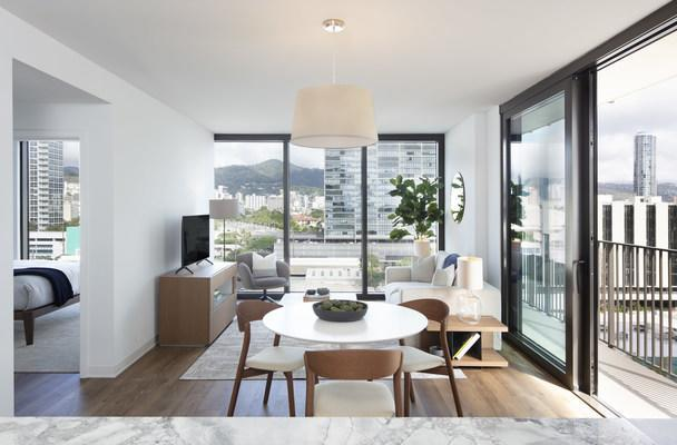 Interior market-rate resident at ʻAʻaliʻi®, the fifth residential tower to open at Ward Village®