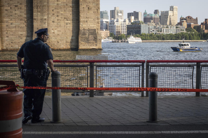 The Body of an 8-Month-Old Baby Was Found Floating Near the Brooklyn Bridge