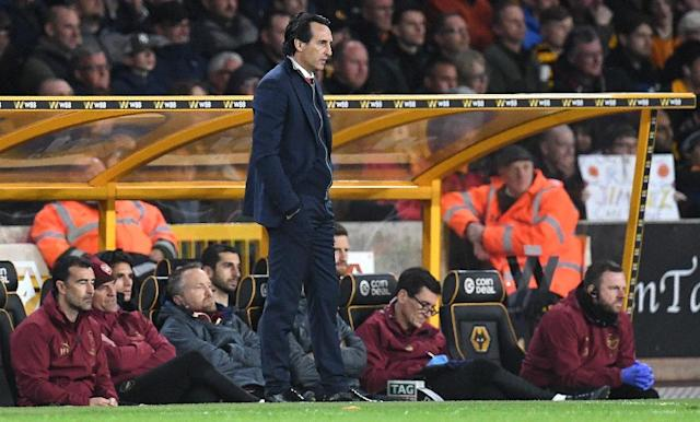 Arsenal boss Unai Emery is struggling to turn around his side's away form (AFP Photo/Paul ELLIS)