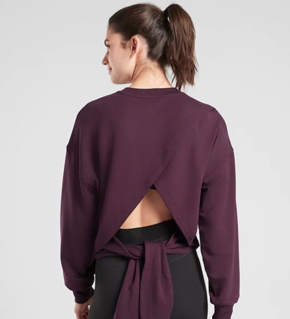 The best apparel and accessories hiding in Athleta's 60% off semi-annual sale