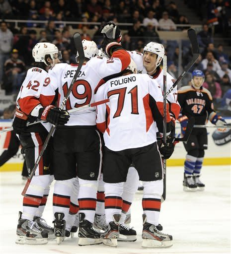 Karlsson helps Senators pound Islanders 6-0