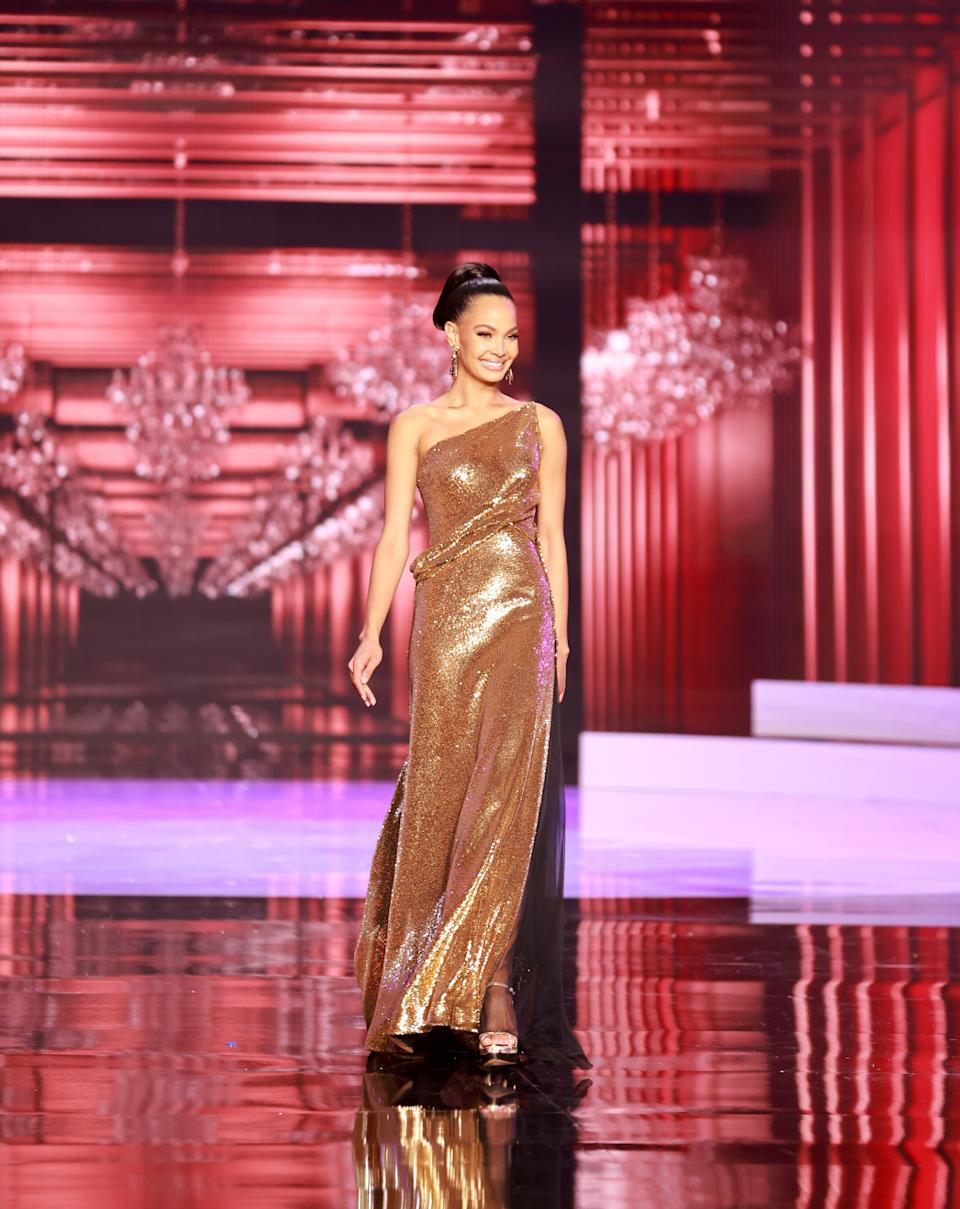 <p>Kimberly Jimenez, Miss Universe Dominican Republic 2020 competes on stage as a Top 10 finalist in an evening gown of her choice during the 69th Miss Universe Competition on May 16, 2021 at the Seminole Hard Rock Hotel & Casino in Hollywood, Florida airing LIVE on FYI and Telemundo. Contestants from around the globe have spent the last few weeks touring, filming, rehearsing and preparing to compete for the Miss Universe crown. (PHOTO: Miss Universe)</p>