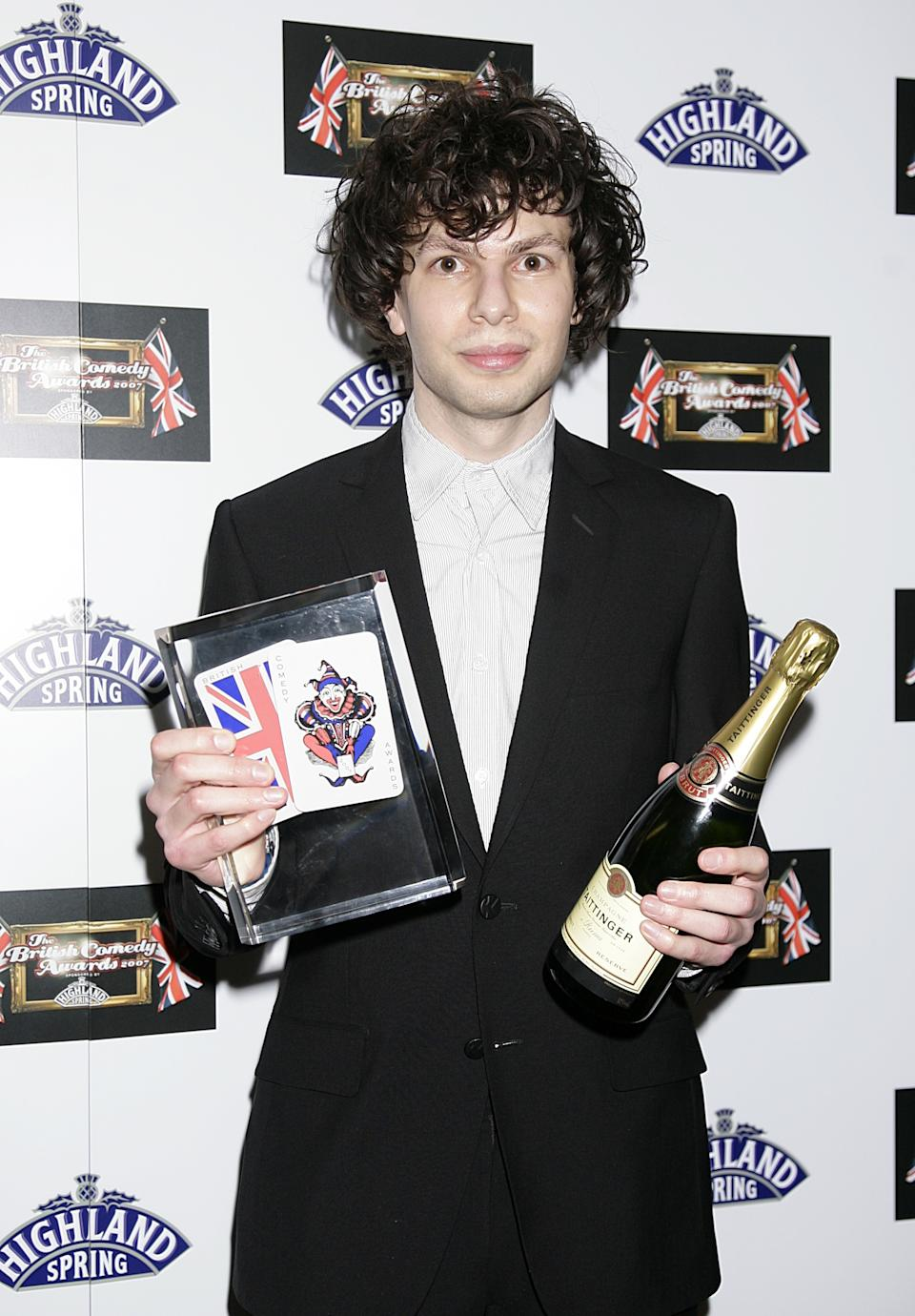 Simon Amstell with the Best Comedy Entertainment award recieved for Never Mind The Buzzcocks at the 2007 British Comedy Awards at The London Studios, Upper Ground, London, SE1.   (Photo by Yui Mok - PA Images/PA Images via Getty Images)