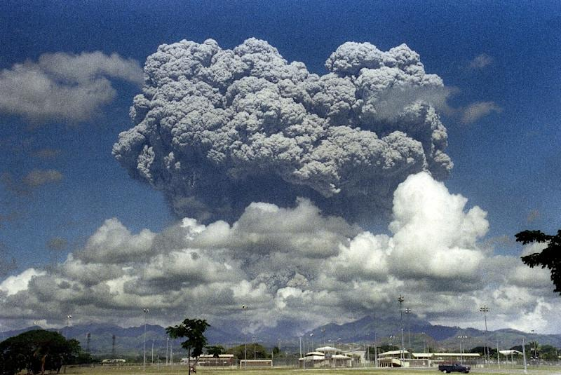 This picture taken on June 12, 1991 shows a giant mushroom cloud of steam and ash exploding out of Mount Pinatubo volcano in the Philippines during its eruption