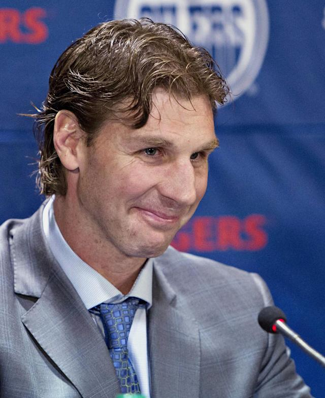Edmonton Oilers Ryan Smyth announces his retirement from NHL hockey in Edmonton, Alberta, on Friday, April 11, 2014. (AP Photo/The Canadian Press, Jason Franson)